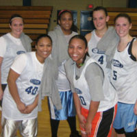 Fall 2008: Women's 5v5 League Champs: Head Hunters